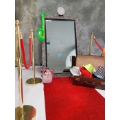 Photobooth and Selfie Mirror Accessories